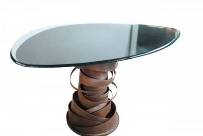 MORA DESIGN - Table basse forme originale-MORA DESIGN