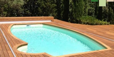 couverture de piscine automatique abrideal decofinder. Black Bedroom Furniture Sets. Home Design Ideas