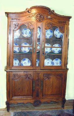 ANTIQUITES PHYLLIS FRIEDMAN - Armoire vitrine-ANTIQUITES PHYLLIS FRIEDMAN