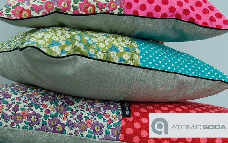 Atomic Soda Square Cushion Pillows & pillow-cases Household Linen  |