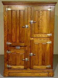 Roseland Icebox Company Pantry cabinet