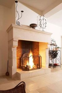 Occitanie Pierres Open fireplace