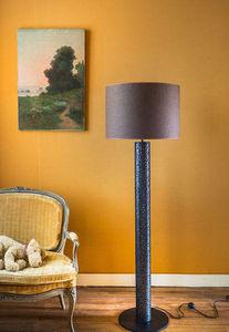 La Fibule - jill - Lamp Stand