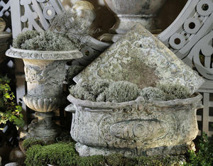 Ampholia-Anduze -  - Flower Box