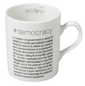 SOPHIA - #democrasy - Mug