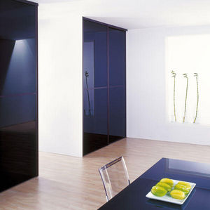 GLASSOLUTIONS France - decolaque - Desk