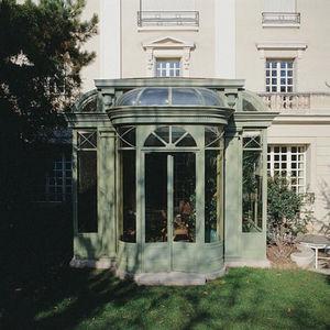LUCIEN LONGUEVILLE -  - Conservatory