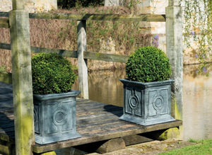 A PLACE IN THE GARDEN - belgian circle small - Tree Pot