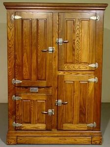 Roseland Icebox Company -   - Pantry Cabinet