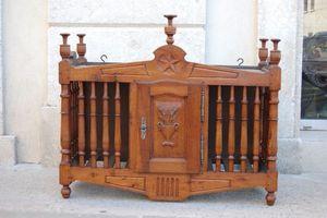 Antiquites Decoration Maurin -  - Provincal Bread Cabinet