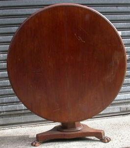 ABC PASCAL -  - Pedestal Table