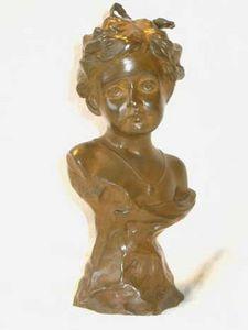 AUX MAINS DE BRONZE - fillette ciseler par louchet - Bust Sculpture