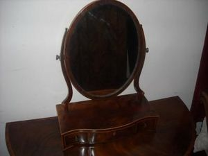 FAITH GRANT THE CONNOIssEUR'S SHOP - dresser mirror - Barber's Tool