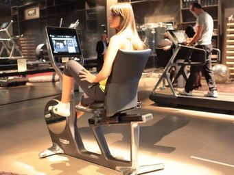 TECHNOGYM - recline personal - Exercise Bike