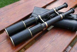 La Timonerie -  - Binoculars