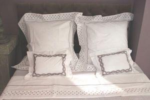 Brigitte Vermelin - grand paris taupe - Bed Sheet