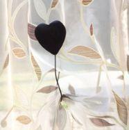 Passementerie Mayer - embrasse coeur bois aimantée - Tieback
