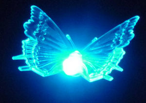 FEERIE SOLAIRE - pic solaire papillon lumineux 5 couleurs 76cm - Garden Candle Holder