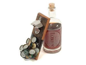 WOODTHUMB -  - Wall Bottle Opener