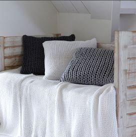 HOUSE IN STYLE -  - Bedspread