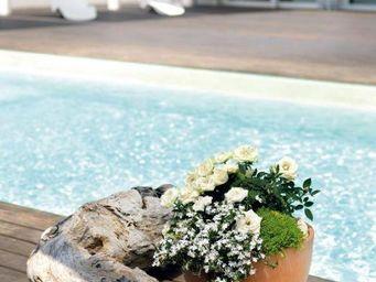 DEROMA France - white garden - Flower Pot