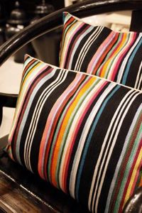 G & C INTERIORS -  - Rectangular Cushion