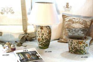 Royal Family -  - Table Lamp