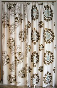LINDELL & Co -  - Hooked Curtain