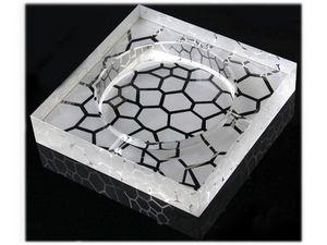 WHITE LABEL - cendrier carré en verre gravé galets accessoire fu - Ashtray