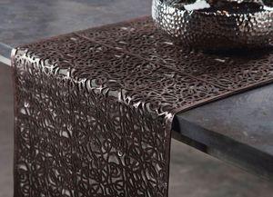 Estetik Decor - lacy li pinko - Table Runner