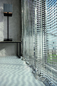 LE LABO DESIGN -  - Hooked Curtain