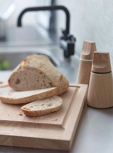 NUANCE -  - Cutting Board