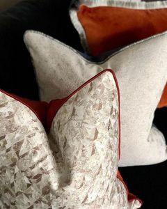 EVITAVONNI -  - Square Cushion