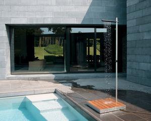 TradeWinds - cascade- - Outdoor Shower