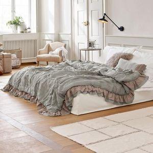 LOBERON -  - Quilted Blanket