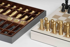 Pinetti -  - Chess Game