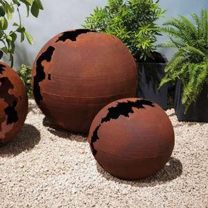 TRUFFAUT - sphère craquelée - Garden Ornament