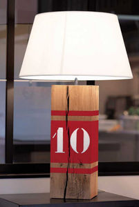 L34 - rouge up xi - Table Lamp