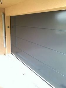 ID Park -  - Sectional Garage Door