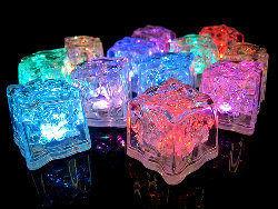 MAGEEKSTORE.COM -  - Illuminated Ice Cube