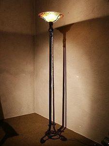 Au Réveil du Temps -  - Trivet Floor Lamp
