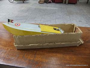 antichità il tempo ritrovato di katia loi - bateau à moteur - Old Style Toys