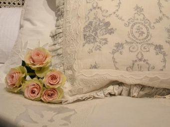 Coquecigrues -  - Pillowcase