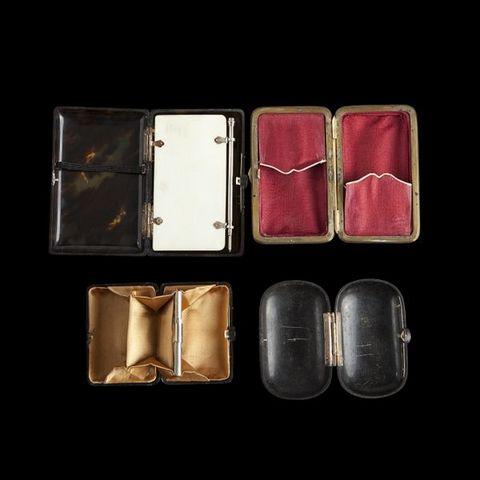 Expertissim - Cigarettes case-Expertissim-Quatre petites boîtes en écaille de la fin du XIXe