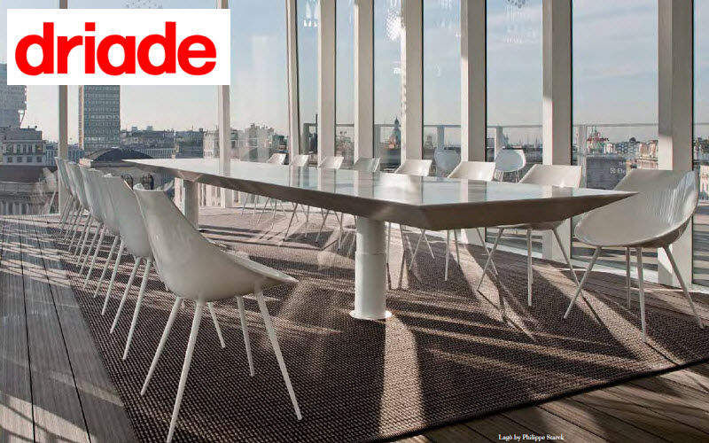 DRIADE Konferenztisch Schreibtische & Tische Büro Arbeitsplatz |