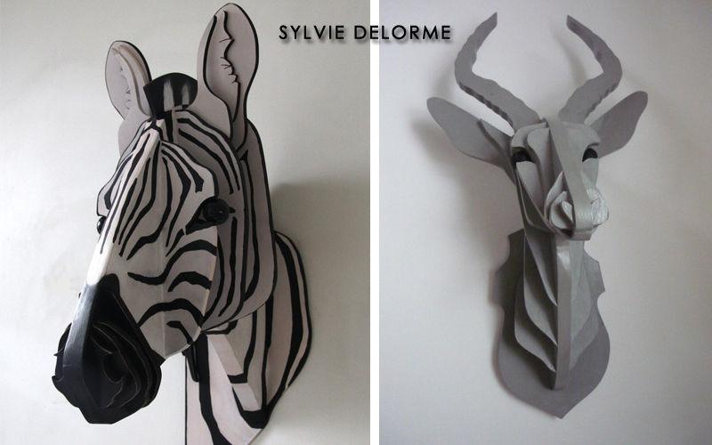 SYLVIE DELORME Trophäe Verschiedene Ziergegenstände Dekorative Gegenstände  |