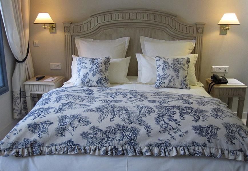Luc Perron Kopfteil Kopfenden Bett Betten  |