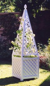 Gartenobelisk