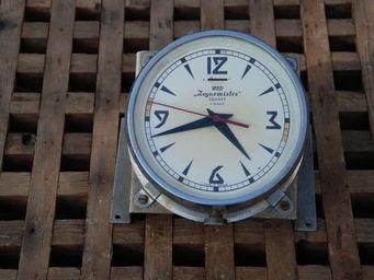 Antiqmarine -  - Uhr