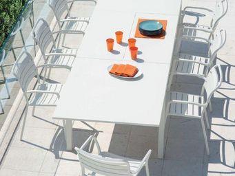 Ethimo - flat - Gartentisch